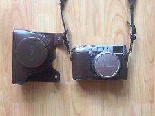 Fujifilm X100 FUJI appareil photo numérique (Argent) * Avec Extras