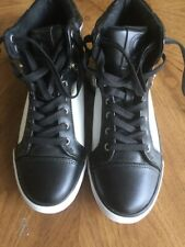 GUESS Black & White Leather Lace Zippered Tennis Shoes High Tops 9 US