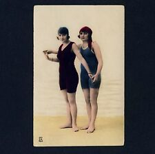 Women in swimsuit/Donne in costume da bagno * VINTAGE 1910s tinted French Photo PC