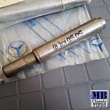 Mercedes Benz W113 280SL water pump shaft M130 OM615 M114 M115 M180 engine