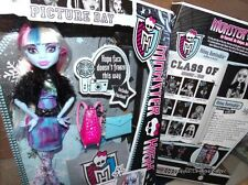 Monster High Picture Day Abbey Bominable Highly Detailed Sharp Accessories Mint