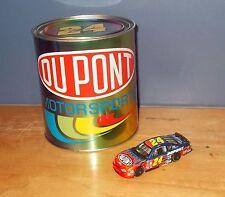 Action Racing 102378 Jeff Gordon #24 DuPont 2002 Monte Carlo in Presentation Tin