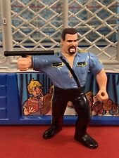 WWF Hasbro Series 3 Big Boss Man w/ Nightstick!! Mint!! Action Works!!