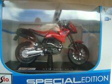 MINIATURE MOTO KTM 640 DUKE 2 1/18 MAISTO