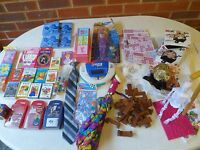 Toys - Hangman, bingo, collections cards etc. See pictures. Few are new.