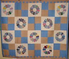 MANY QUILTS ON SALE IN R STORE DATED 1941 DRESDEN PLATE ANTIQUE QUILT