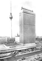 AK, Berlin Mitte, Hotel Stadt Berlin und Fernsehturm, 1973