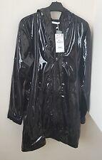 Zara Negro Patente efecto impermeable Bnwt Talla S