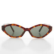 90s Angular Mod Tortoise Cat Eye Sunglass - Elsie