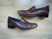 Woman Brown Leather Shoes by SFRATALITA CALSOLARIA ANATI size:37 (UK 4)