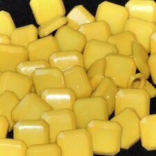 Mercerie lot de 5 Boutons plastique carré jaune 10mm button