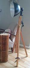 Tripod Retro Stativ Steh Lampe Loft Bauhaus Holz Dreibein Desingn silber schwarz