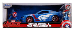 Hollywood Rides 2006 Ford Mustang GT with Captain America 1:24 (Jada 31187)