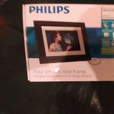 "7 "" LED Digital Photo Frame by Philips. SPF307I/G7 Black with Wood Trim! Nice!!"
