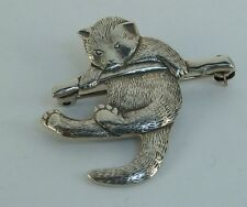 Vintage Repousee Brooch, Worried Kitty Motif, 1 and 1/8th inches, Konder #013