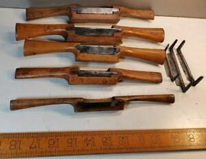 5 VINTAGE Wooden spoke shaves + 3 blades, Including a labeled  Marples & a Sorby