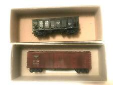 HO SCALE ACCURAIL - FRISCO HOPPER CAR #86592 AND FRISCO BOX CAR #129601