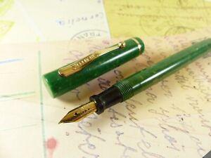 Green Sheaffer Flat Top 3-25 Fountain Pen - restored