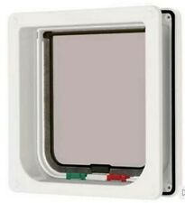 Petmate 4 Way Locking Cat Flap With Liner in White 235W Catflap Mate