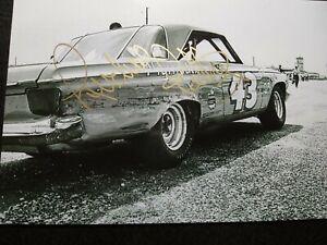 RICHARD PETTY Authentic Hand Signed Autograph 4X6 Photo wit KYLE RACE CAR LEGEND