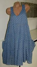 Gepunktete Damenkleider in Größe 48