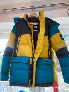 The Northface Coat, northface puffer coat, the northface Vostok parka medium