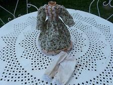 jolie robe et panty poupée en porcelaine ancienne Jumeau Bru Steiner bleuette
