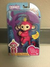 Authentic FINGERLINGS Interactive Baby Monkey BELLA Pink Yellow Hair! New!