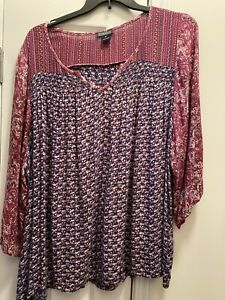 Lucky Plus 3X Flowered Woven Top