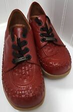 VINTAGE FAMOLARE WAVEY GET THERE Lace Up Wedge Red Leather Shoes 7.5 N EXCELLENT