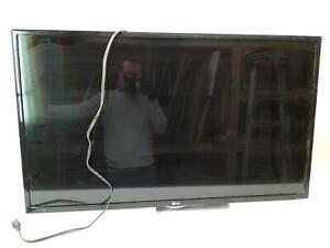 "LG 42"" LCD TV No stand. 1080P 3x HDMI ports, RCA ports.^"