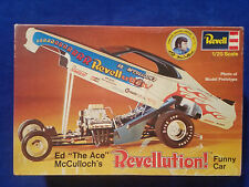 """Revell Ed """"The Ace"""" McCulloch's  Model Kit 1:25 Missing Tire and glue on parts"""