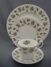 4 Piece Place Setting Royal Albert England WINSOME Bone Plates Tea Cup Saucers