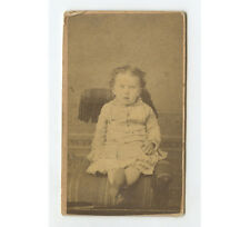 CDV STUDIO PHOTO YOUNG CHILD LEGS CROSSED SITTING ON POSING STOOL