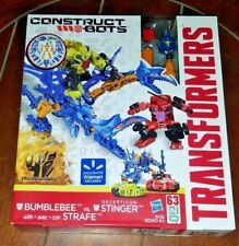 Transformers 63pc Construct-Bots BUMBLEBEE with Strafe vs. Decepticon STINGER
