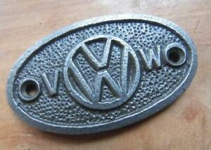 VINTAGE SOLID CAST IRON OVAL WALL PLAQUE VW VOLSWAGEN LOGO SIGN approx 3.5X6.5cm