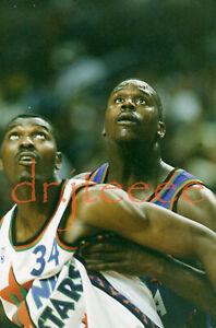 Hakeem Olajuwon vs Shaquille O'Neal - 35mm Basketball Slide (MP1)