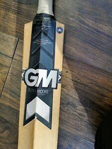 Gunn & Moore GM Icon dxm  Cricket Bat   English Willow