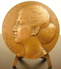 Medaille à la femme d'affaire Simone Del Duca sc I de Saelva armes de famille