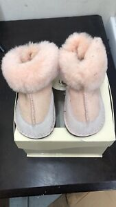 UGG GIRLS BABY Size L TODDLER PINK BOOTS I BOO STORE SAMPLE