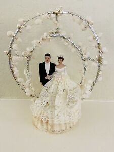 Vintage Fancy 1950s Chalk Wedding Cake Topper, Pearls & Lace, Brunette Couple