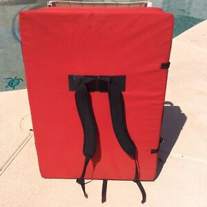 Metolius Crash Pad Red Black Carry straps climbing rock wall training