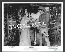 8x10 Photo~ OLD YELLER ~Dorothy McGuire ~Fess Parker ~barefoot Kevin Corcoran~CS