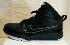 Nike Team Hustle D, Boys Size 6.5Y