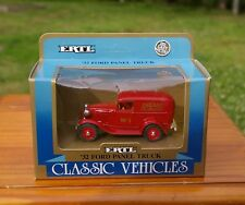 Chicago Fire Department No 3 '32 Ford Panel Truck 1:43 Scale Toy Car ERTL 1990