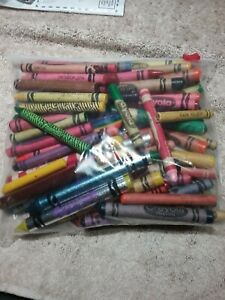 OVER 1 POUND MIXED LOT OF CRAYONS FOR CRAFTS/KID'S PROJECTS/MELTING ETC.