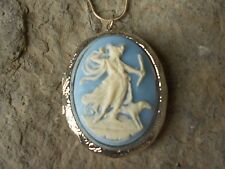 (LOCKET)--STUNNING GODDESS DIANA WITH DOG CAMEO NECKLACE!!! QUALITY!!! BLUE