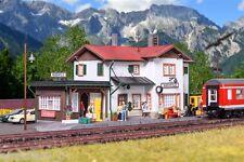 H0 Gare Maienfeld inclus D'éclairage de maison Kit débutant,Kit de montage 1:87,