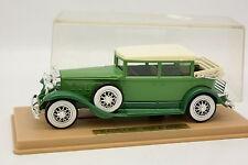 Solido Age de oro 1/43 - Cadillac 452 A 1931 Verde