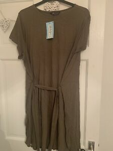 Marks And Spencer Size 20 Green T Shirt Dress
